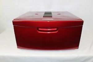 RED PAIR OF SAMSUNG PEDESTALS