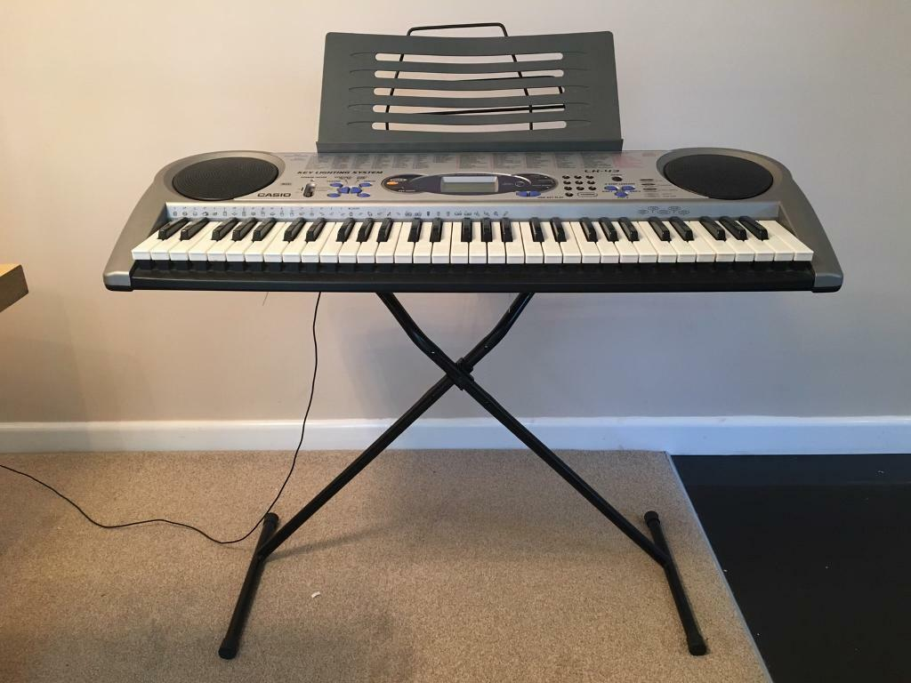 Casio LK-43 full size electronic keyboard