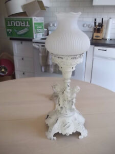 Vintage Shabby Shic Table Lamp