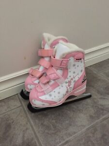 Softec girl ice skates size 10J toddlers