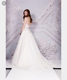 Selling Suzanne Neville Cabianca Wedding Dress