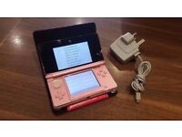 Nintendo Handheld Console 3DS - Coral Pink - Unboxed