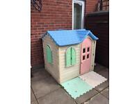 Little Tikes Children's Garden Play House