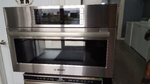 BOSCH SINGLE WALL OVEN 2 IN 1 MICROWAVE AND CONVECTION OVEN