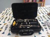 Yamaha clarinet 250 + 4 reeds, polishing cloth and hard case
