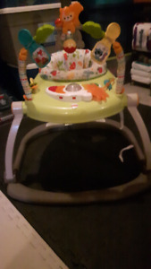 Exersaucer fisher price foldable