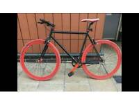 Fixed gear single speed free wheel bike + brake in immaculate condition with brakes not vintage road