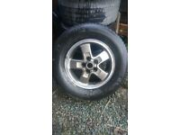 Discovery alloys with tyres x5