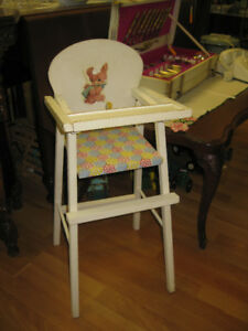 Vintage Highchair -- FROM PAST TIMES Antiques - 1178 Albert