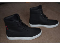 Timberland Earthkeepers boots as new