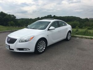 2011 Buick Regal CXL Leather, Sunroof, Wood Trim, Bluetooth 120k