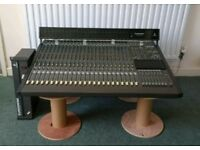 Behringer MX8000 Mixer 24/48 Channel