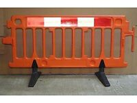 2x safety barriers..