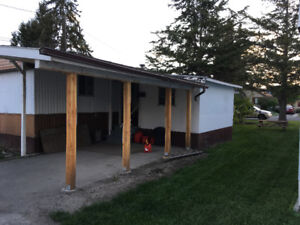 mobile home on own lot. ex quite location central Cranbrook