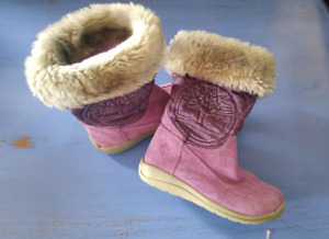 Size 8 (toddler) water/weather proof Timberlands