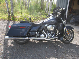 REDUCED FOR QUICK SALE - 2009 HD STREET GLIDE