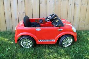 6 Volt - Battery Powered - Ride On - Mini Cooper - Red