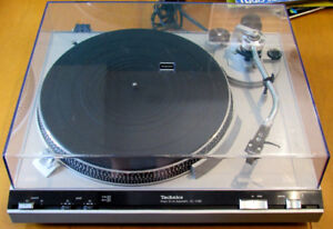 Technics 3200 direct drive Turntable Record Player