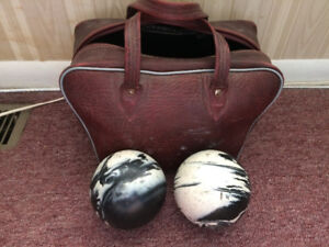 Bowling balls with bag