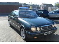 Mercedes-Benz E300 3.0TD auto Classic