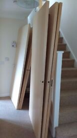 Free 4x Wooden Doors and 6x Silver Metal Handles