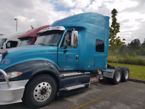 SEMI TRUCK - 2011 INTERNATIONAL PROSTAR