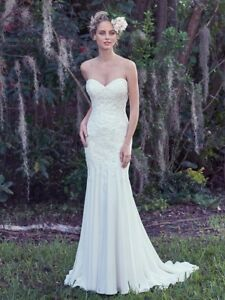 New Maggie Sottero wedding dress, ivory, size 14