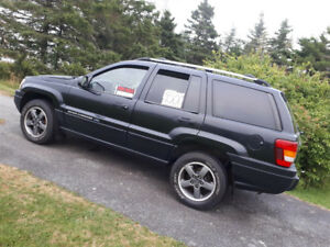 2004 Jeep Cherokee Rocky Mountain SUV, Crossover