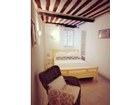2 bedrooms cosy house in the charming Old Antibes - le Safranier