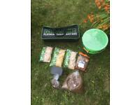 Maver bait bucket bag and bait
