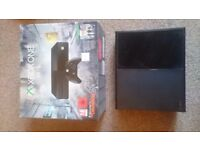 Excellent conditon 1tb xbox one, with: box, cables, headset, controller