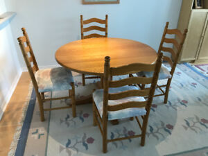 Handcrafted Solid Oak Dining Table and 4 chairs