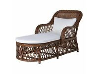 WICKER CHAISE GARDEN LOUNGER WITH CREAM PADDED SEAT – BRAND NEW – RRP £490!!