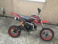 125cc Akuma Pitbike Dirtbike Manual Clutch BRAND NEW