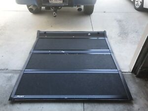 09-14 F150 short box hard tonneau cover