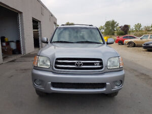 2002 Toyota Sequoia LIMITED SUV, Crossover 8 passenger