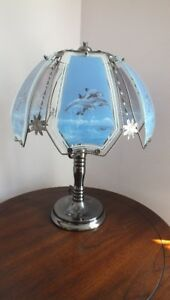 Dolphin 3 Setting Stained Glass Touch Lamp with Dark Pewter Base