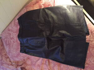 $25 Purple leather skirt size 12