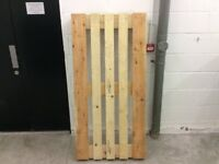 WOODEN PALLETS X 2 EXCELLENT CONDITION FREE FREE COLLECTION SW16 4AH