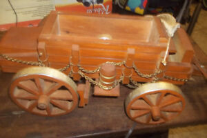 Wood light wagon, Two nightstands, two vintage lights etc