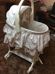 Bassinet and change table combo
