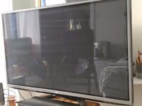 LG 50 inch 3D Plasma TV with 2 pair glasses and 3D LG Bluray