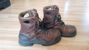 Like New Terra CSA approved steel toed boots