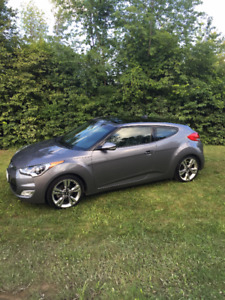 2014 Hyundai Veloster LOADED!!! One previous owner! HWY kms!