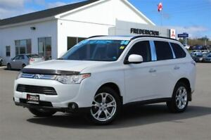 2014 Mitsubishi Outlander ES PREMIUM! AWD! LEATHER! SUNROOF! ONL