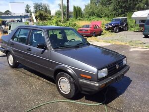 Immaculate rare find 89 jetta