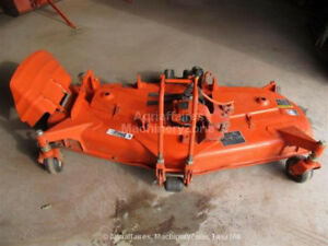 Kubota B series mid mount mower deck