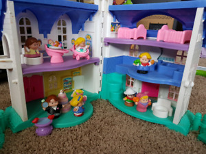 Little People house and accessories