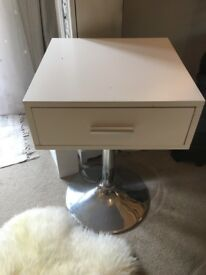 White Excellent condition side table