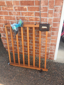 Wooden Baby Gate for Stairs